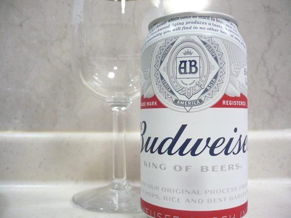 外国ビール「バドワイザー( Budweiser)」